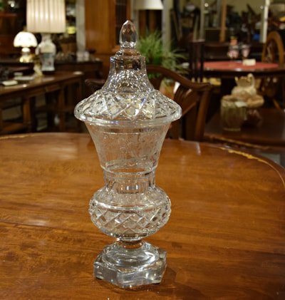 STUNNING ANTIQUE CRYSTAL APOTHECARY JAR...$229.00