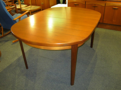 GORGEOUS MID-CENTURY MODERN TEAK TABLE WITH JACKKNIFE LEAF...$749.00